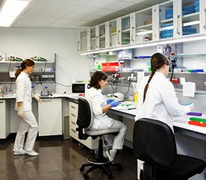 lab-genetica-1-peq